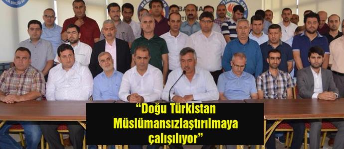 """""""Doğu Türkistan Müslümansızlaştırılmaya çalışılıyor"""""""