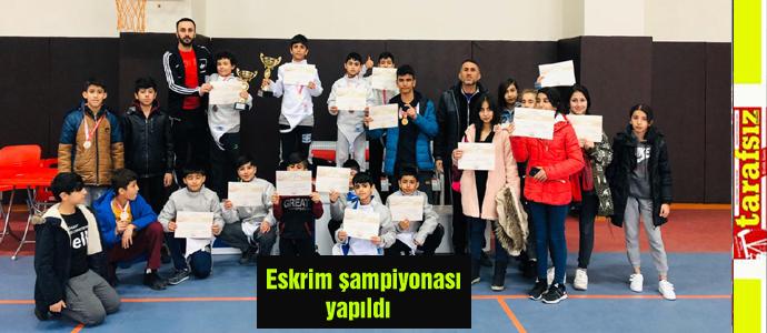 Eskrim şampiyonası yapıldı