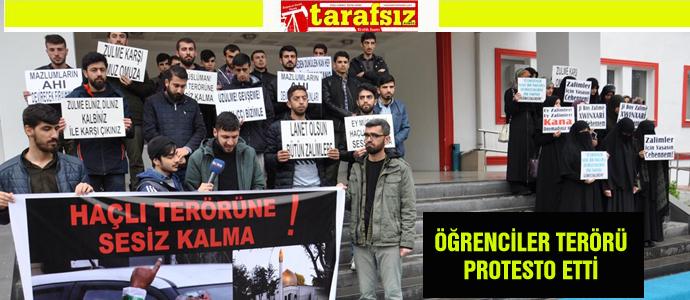 ÖĞRENCİLER TERÖRÜ PROTESTO ETTİ