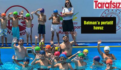 Batman'a portatif havuz