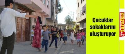 Çocuklar sokaklarını oluşturuyor
