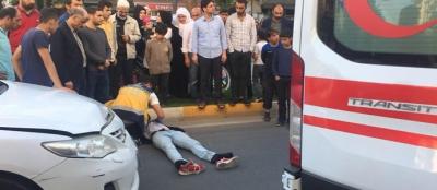Otomobilin çarptığı genç ağır yaralandı
