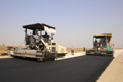 TOKİ yolu asfaltlanıyor
